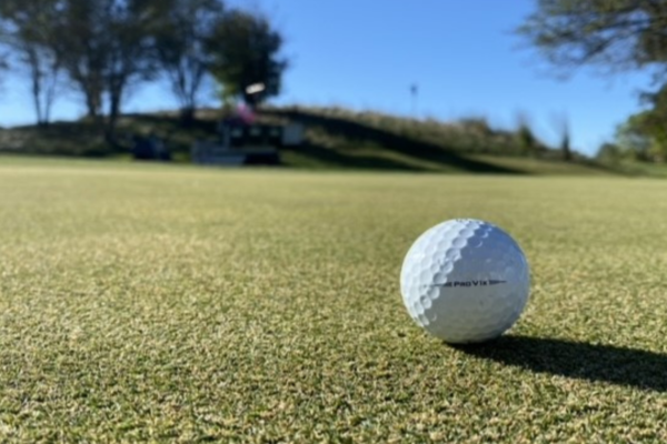 "Chicago Superintendent Feature: ""I Hate Ball Marks"""